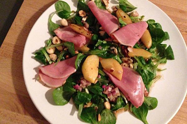 Feldsalat mit geräucherter Entenbrust