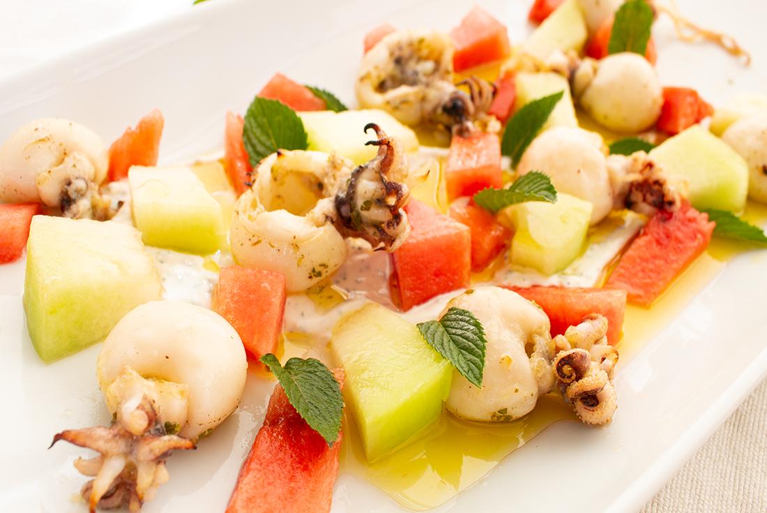 Calamari mit Melonensalat und Minz-Joghurt nach Johann Lafer