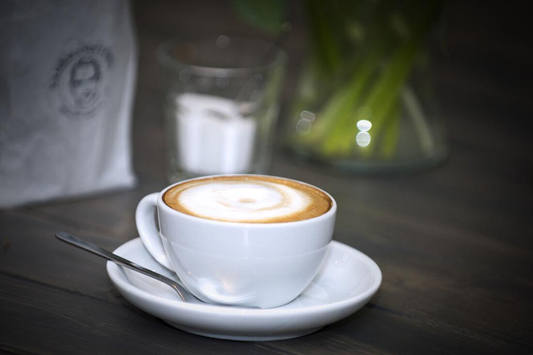 Eine Tasse Kaffee, Cappuccino oder Milchkaffee ist unser absolutes Lieblingsgetränk in Deutschland. (Bild-Copyright: Deutscher Kaffeeverband/ Bebte Stachowske)