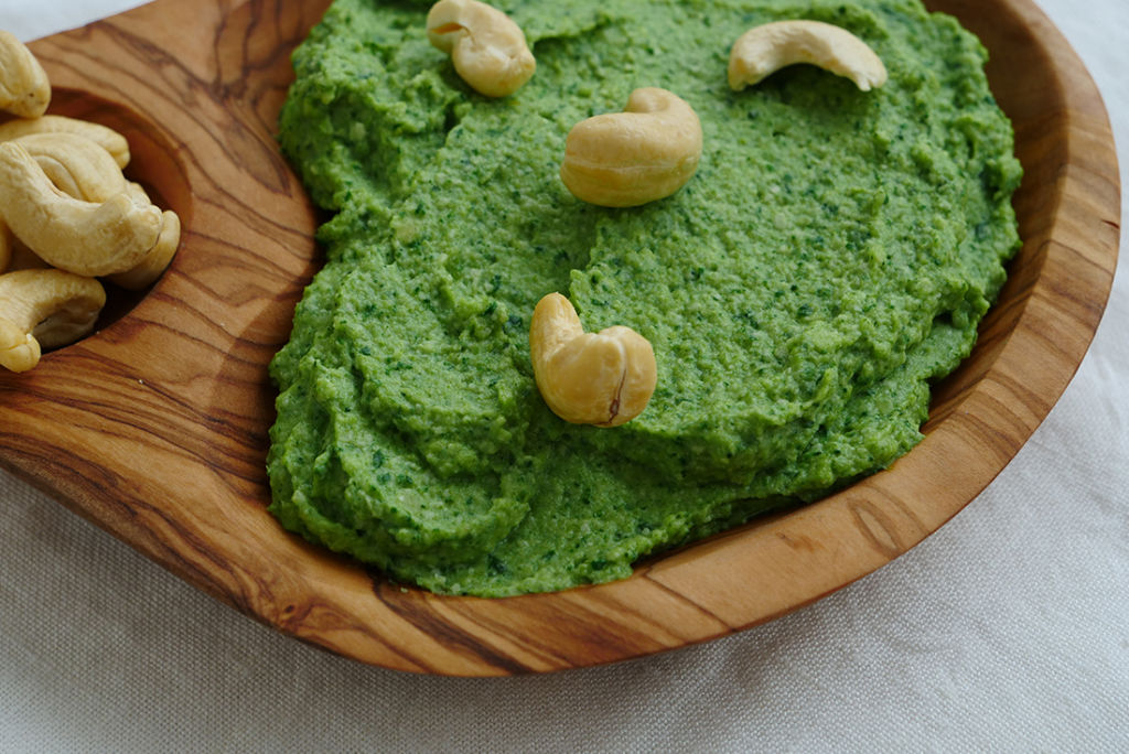 Cashew-Broccoli-Dip: So schnell gemacht wie Pesto.