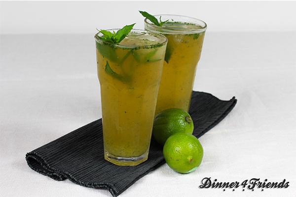 Wer sagt, dass alkoholfreie Cocktails langweilig schmecken?! Der Green Tea Mojito sieht lecker aus und erfrischt!