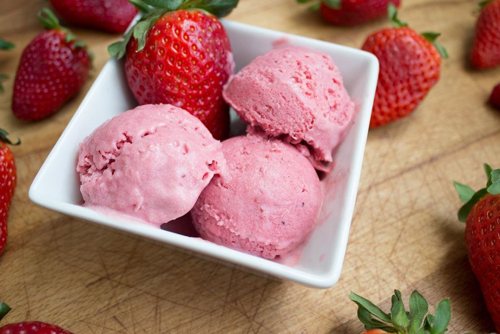 Erdbeer-Joghurt-Eis - sooo gut!