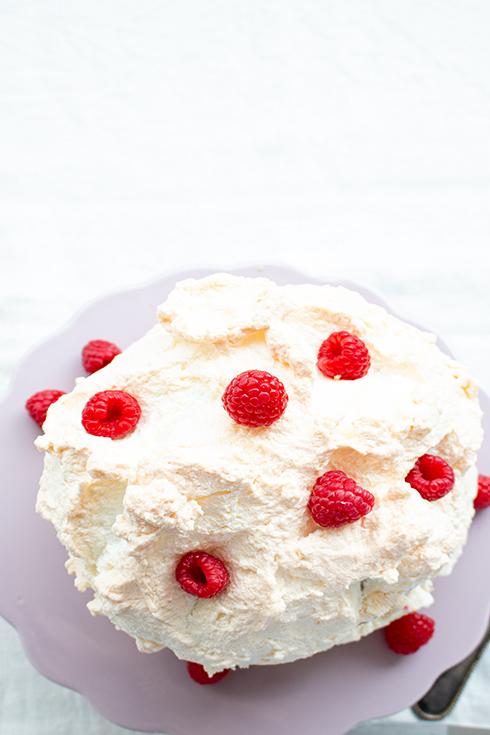 Himbeer-Baiser-Torte