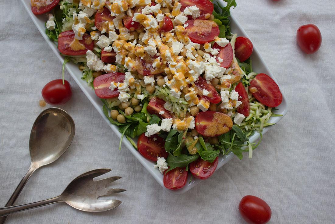Schnelle Feierabendküche: Kichererbsen-Zucchini-Salat