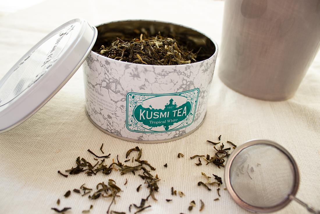 Weisser Tee mit natürlichen Mango- und Passionsfruchtaromen