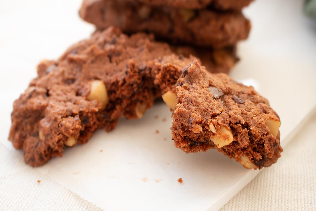 Schnelle und einfache Mcadamia Cookies