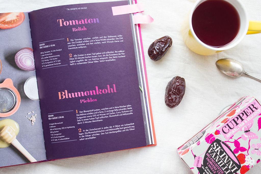 Mein Liebling im Februar: Heißer Tee, Kochbücher zum Stöbern und gesunde Snacks.