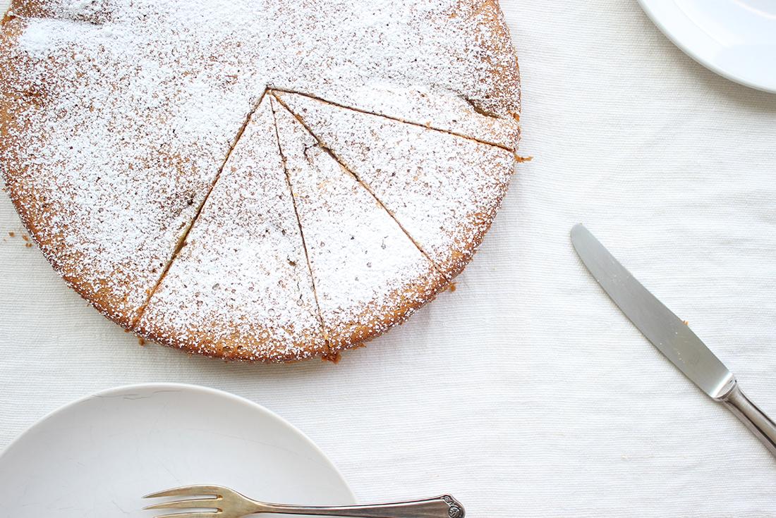 Mandel-Nektarinen-Kuchen