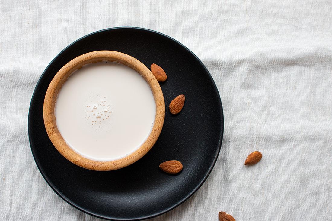 Mandelmilch einfach selbst machen