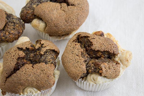 Die Mohn Muffins sind wirklich im Nullkommanix gemacht und schmecken traumhaft!!