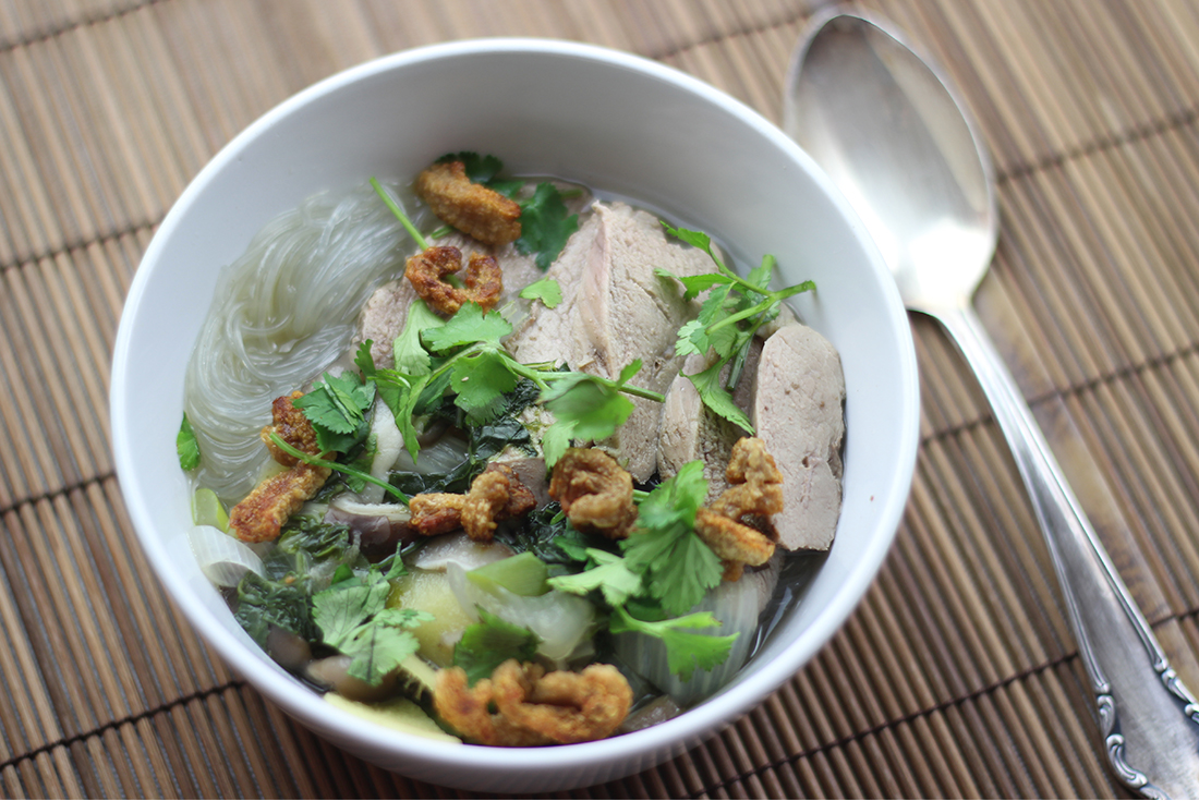 Phò Suppe mit Ente: zu jeder Tageszeit perfekt!