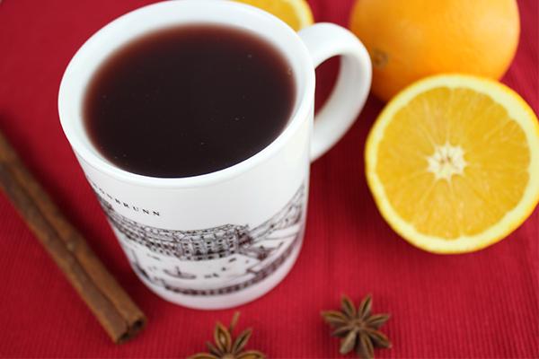 Selbst gemachter Rotweinpunsch: Perfekt für kalte Tage im Advent!