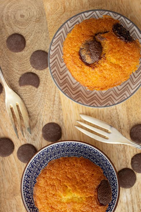 Saftige Muffins mit Schokoladen-Tröpchen