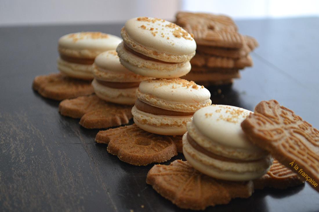 Spekulatius-Macarons schmecken weihnachtlich und sehen einfach toll aus! Ganz lieben Dank für das Rezept von À la française!