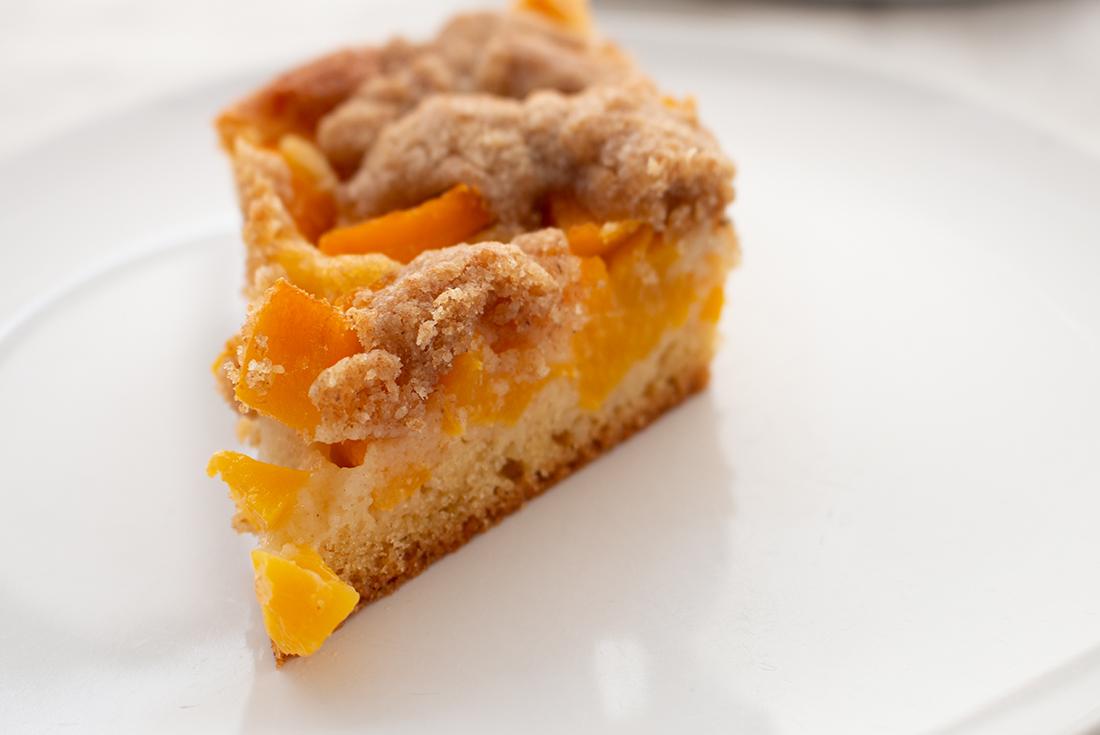 Streuselkuchen mit Pfirsich