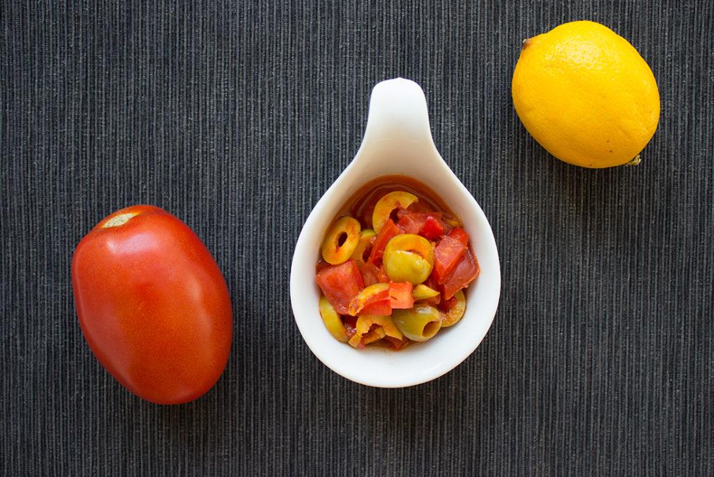 Tomaten-Oliven-Salat