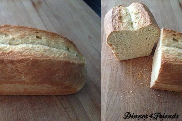 Das Weißbrot war mein erstes selbst gebackenes Hefeteig-Brot, das ich gebacken habe. Und es ist wunderbar geworden. Außen kross, innen locker - lecker!