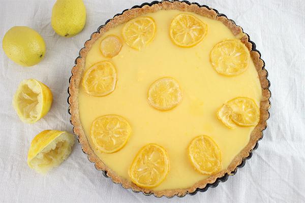 Zitronentarte: schön, köstlich und cremig