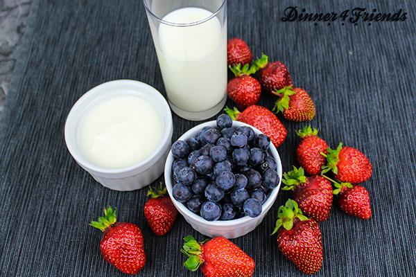 Smoothies sind vielseitig, einfach zuzubereiten und lecker. Etwas Obst, Milch oder Joghurt reichen schon, um einen erfrischenden, gesunden Smoothie zu mixen.