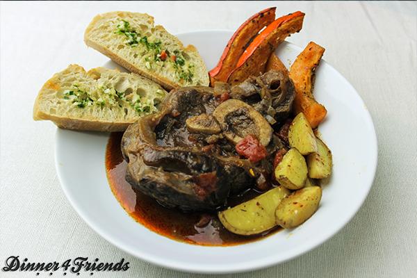 Ready to impress guests! Das Fleisch wird beim Ossobuco butterweich, saftig und sehr lecker!
