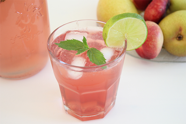 Raspberry Lemonade: Ein alkoholfreier Sommercocktail