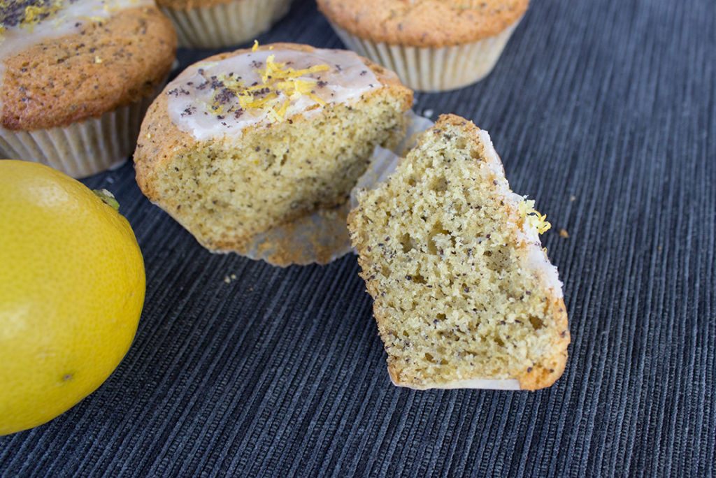 Zitronen-Mohn-Muffins
